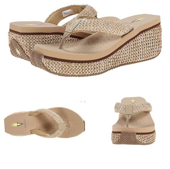 Volatile Shoes | Sandals | Poshmark